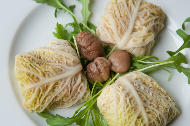 vegetarian stuffed cabbage with chesnut-2