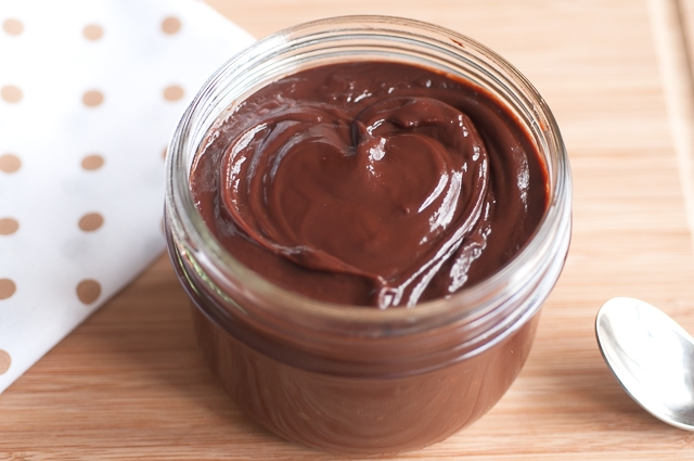 Nutella-like chocolate hazelnut spread_1