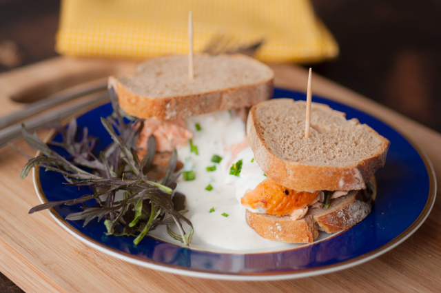 Parisian grilled salmon sandwich_002