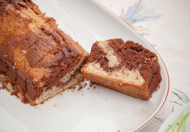 hazelnut and chocolate marble  cake_004