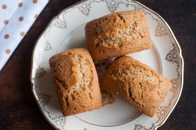 Hazelnut and chia seeds cake